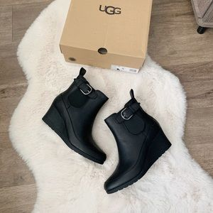 Ugg arleta wedge booties